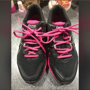 ASICS WOMENS SNEAKERS SIZE 8